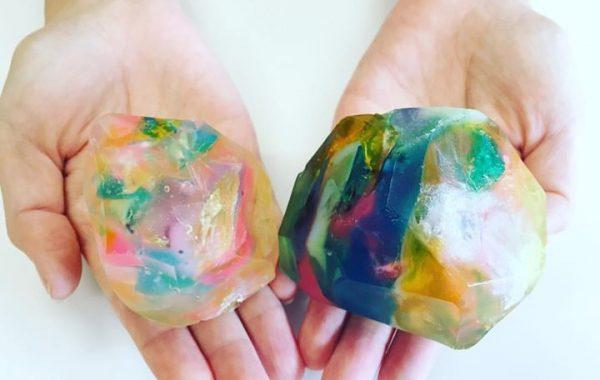 宝石石鹸サイズ